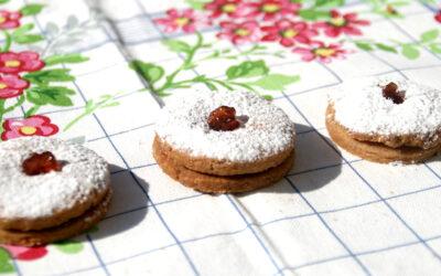 סופגניות חמאה · עוגיות ריבה לחנוכה