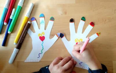ידיים מתנשקות · יצירה קלה עם נייר