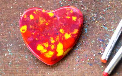 לבבות נמסים · יצירה עם גירי שעווה